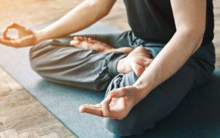 Warum gerade Männer Yoga machen sollten_Koerpergut